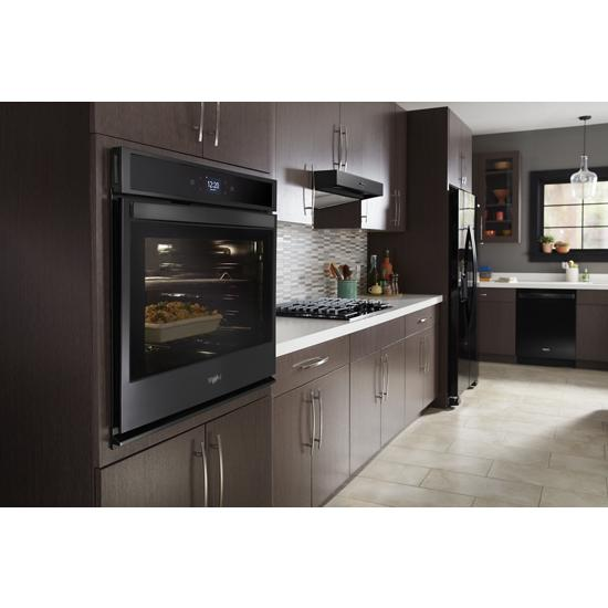 Model: WOS51EC0HB   Whirlpool 5.0 cu. ft. Smart Single Wall Oven with Touchscreen