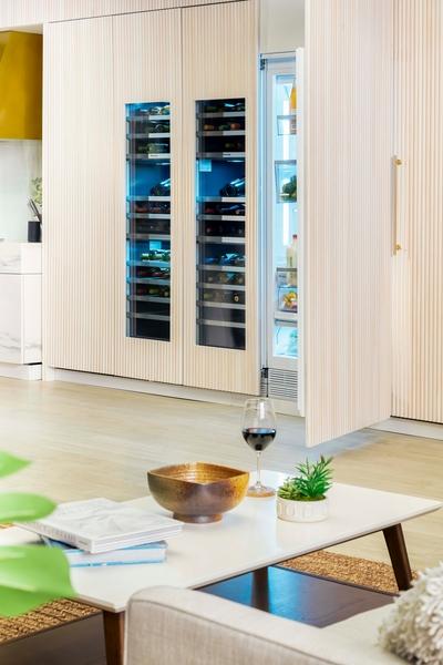 Thermador T24IW901SP, Wine cooler with glass door