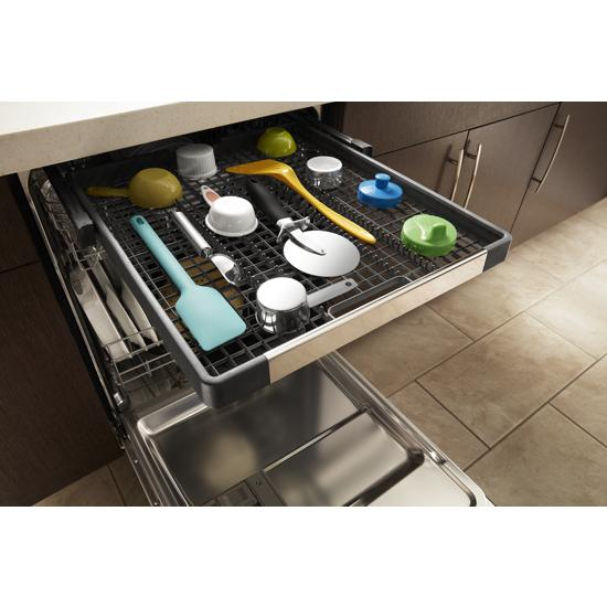 Model: WDF590SAJM | Whirlpool Stainless steel dishwasher with third level rack