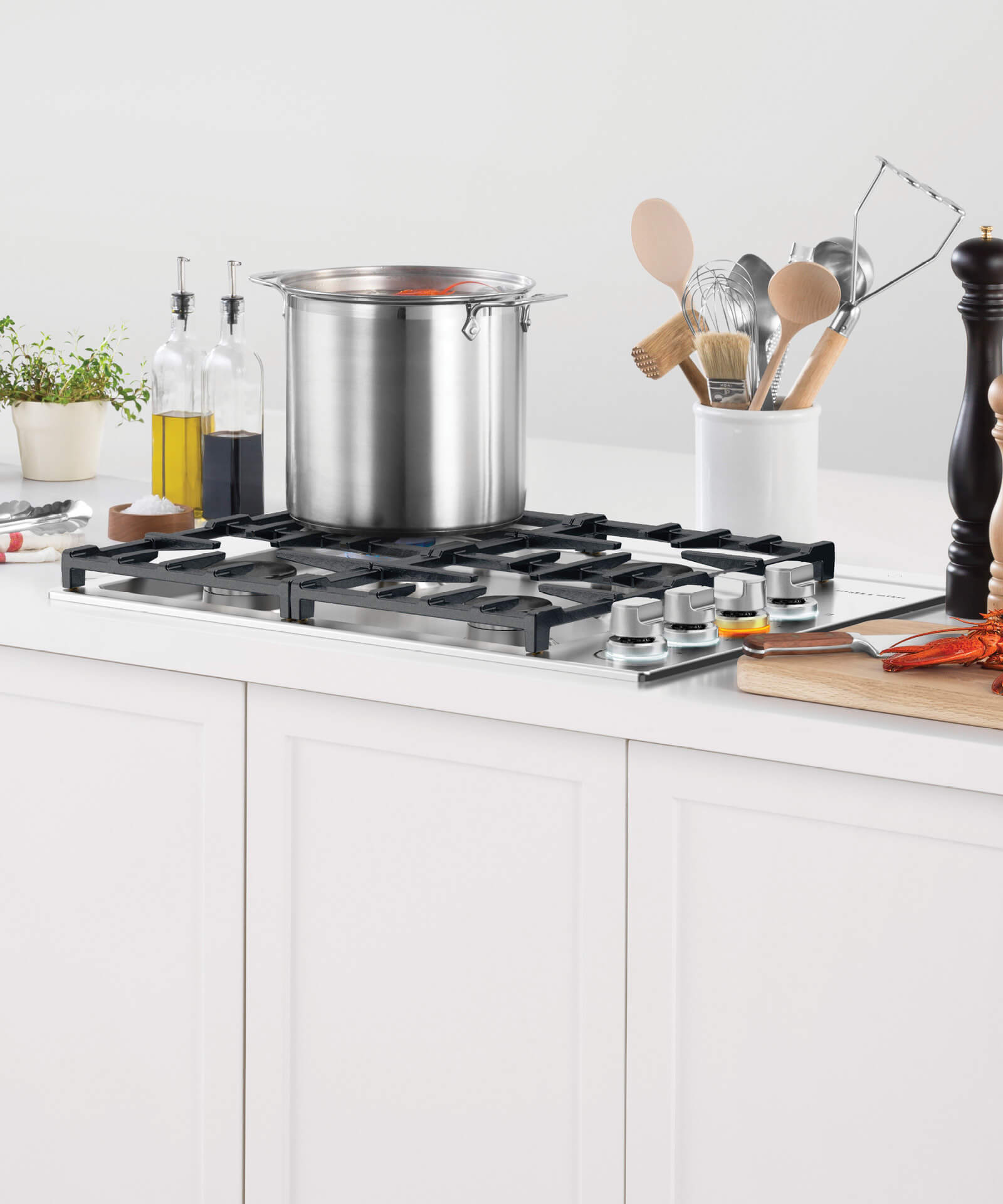 """Model: CDV2-304HL N   Fisher and Paykel Gas Cooktop, 30"""", LPG"""