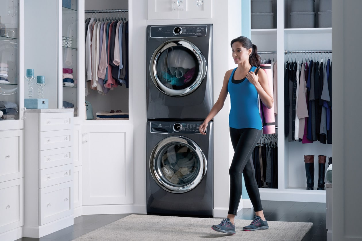 Model: EFMG627UTT | Electrolux Front Load Perfect Steam™ Gas Dryer with PredictiveDry™ and Instant Refresh - 8.0. Cu. Ft.