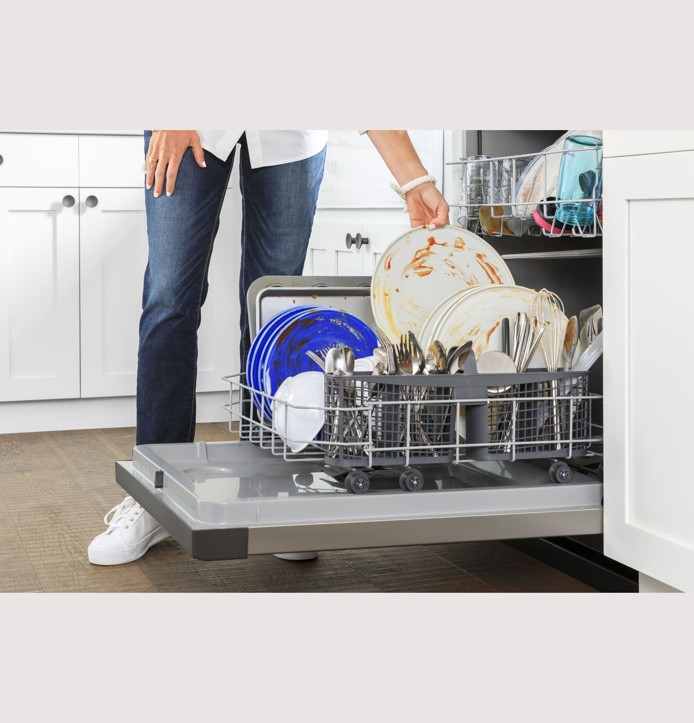 Model: GDF511PSRSS | GE GE® Dishwasher with Front Controls with Power Cord