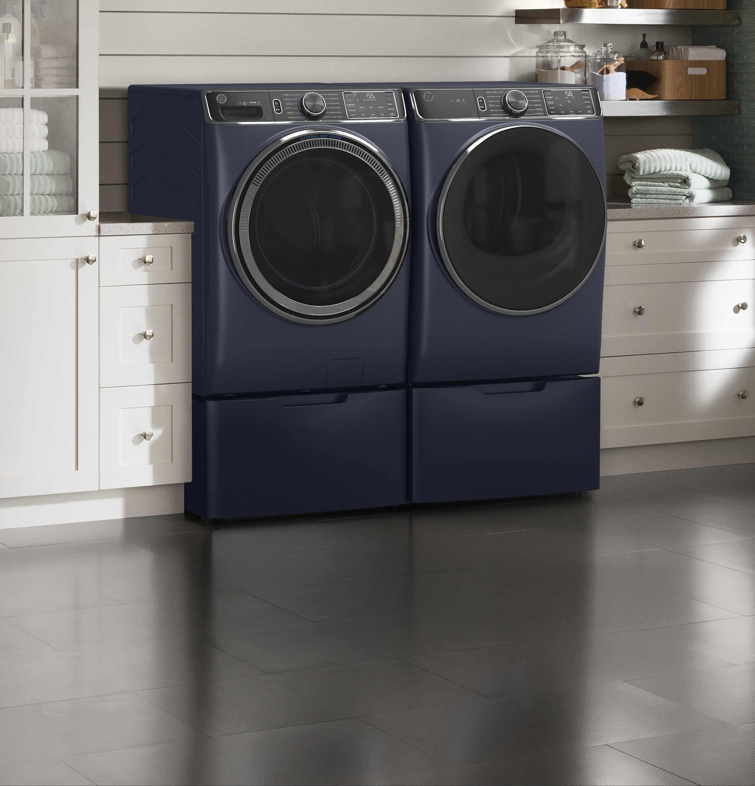 Model: GFD85ESPNRS   GE GE® 7.8 cu. ft. Capacity Smart Front Load Electric Dryer with Steam and Sanitize Cycle