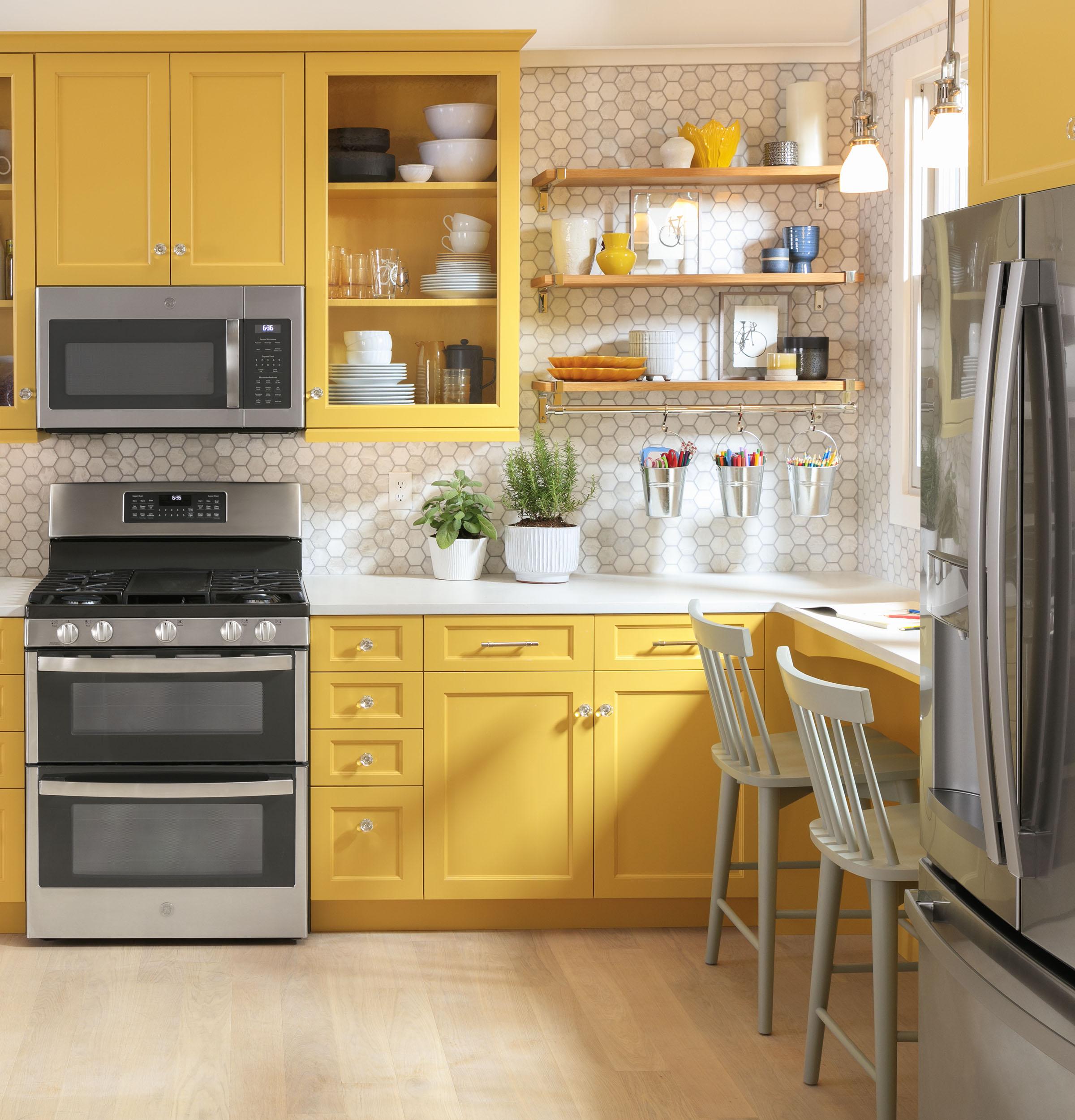 Model: GYE22GYNFS   GE GE® ENERGY STAR® 22.1 Cu. Ft. Counter-Depth Fingerprint Resistant French-Door Refrigerator
