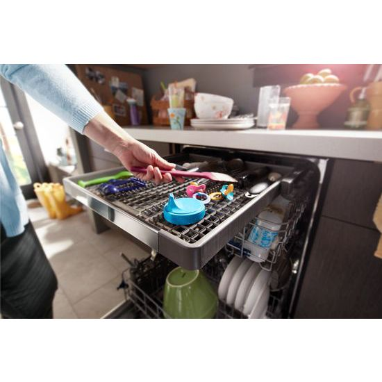 Model: WDT970SAHZ | Whirlpool Stainless Steel Tub Dishwasher with Third Level Rack