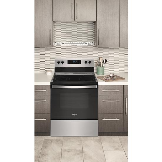 Model: WFE320M0JS | Whirlpool 5.3 cu. ft. electric range with Keep Warm Setting.