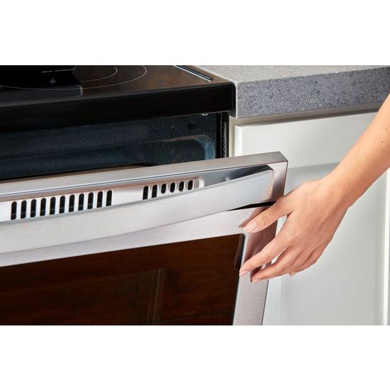 Model: WFE550S0HZ | Whirlpool 5.3 cu. ft. Whirlpool® electric range with Frozen Bake™ technology