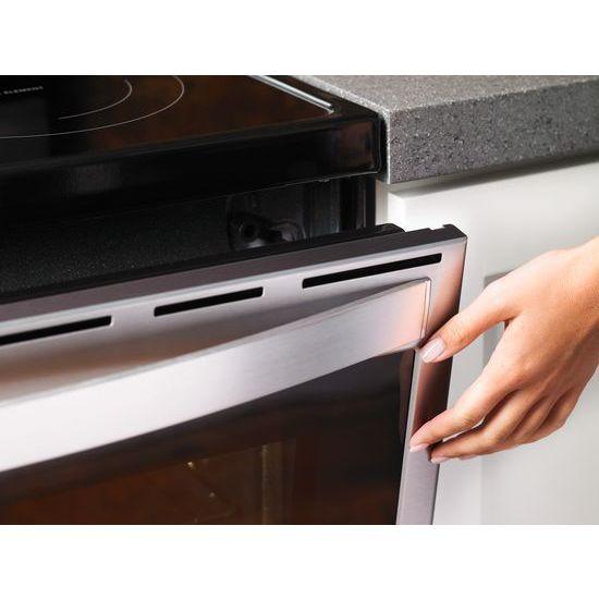 Model: WFE975H0HZ | Whirlpool 6.4 cu. ft. Smart Freestanding Electric Range with Frozen Bake™ Technology