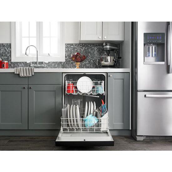 Model: ART318FFDW   Amana 30-inch Amana® Top-Freezer Refrigerator with Glass Shelves