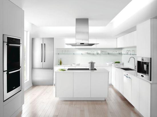 Ascenta®24 '' Recessed Handle DishwasherSHE3AR72UC - White