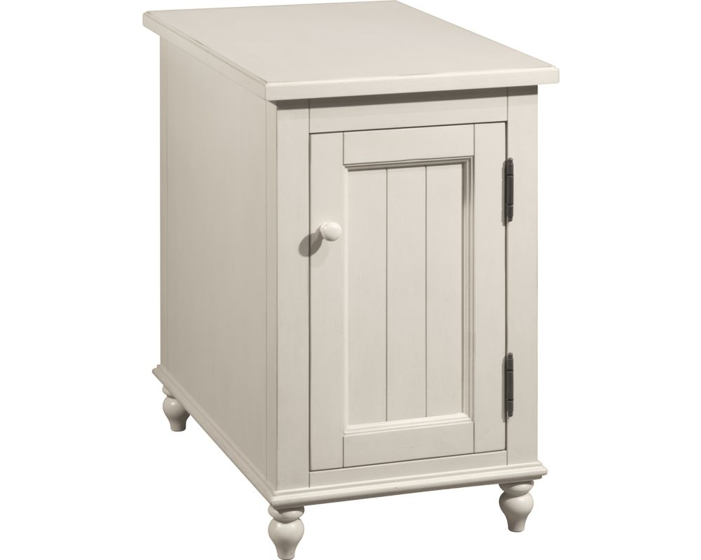 Broyhill Distressed White Reclinermate Accent Table