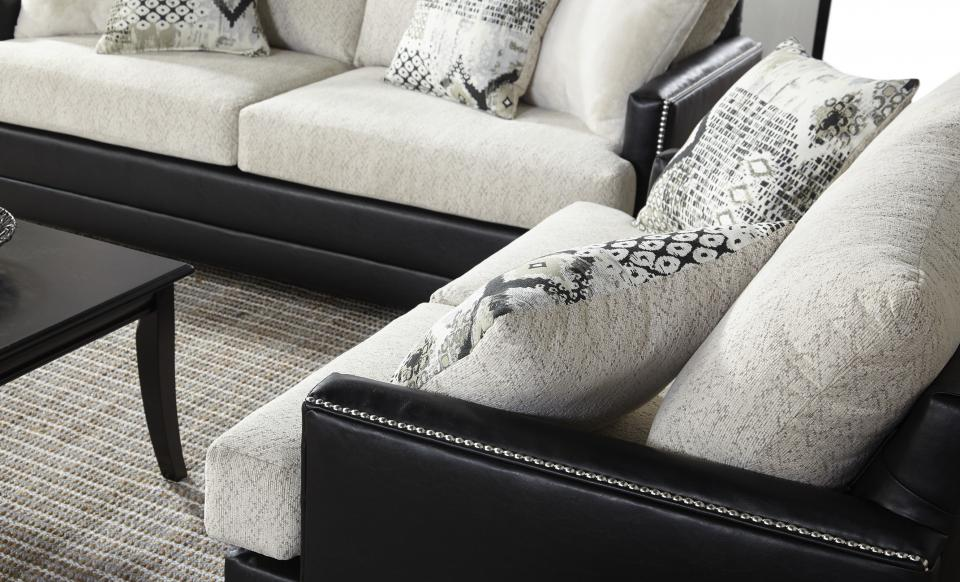 Hughes Furniture 10700 LOVESEAT