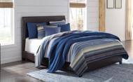 Queen Upholstered Bed/Monaka