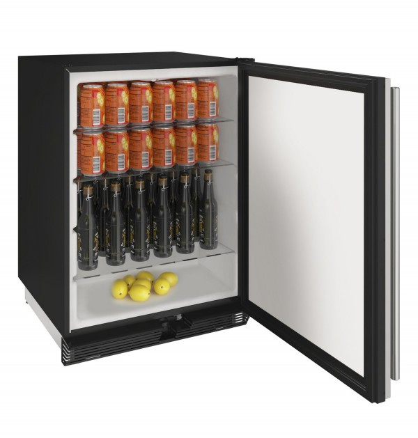 "1024R 24"" Solid Door Refrigerator"