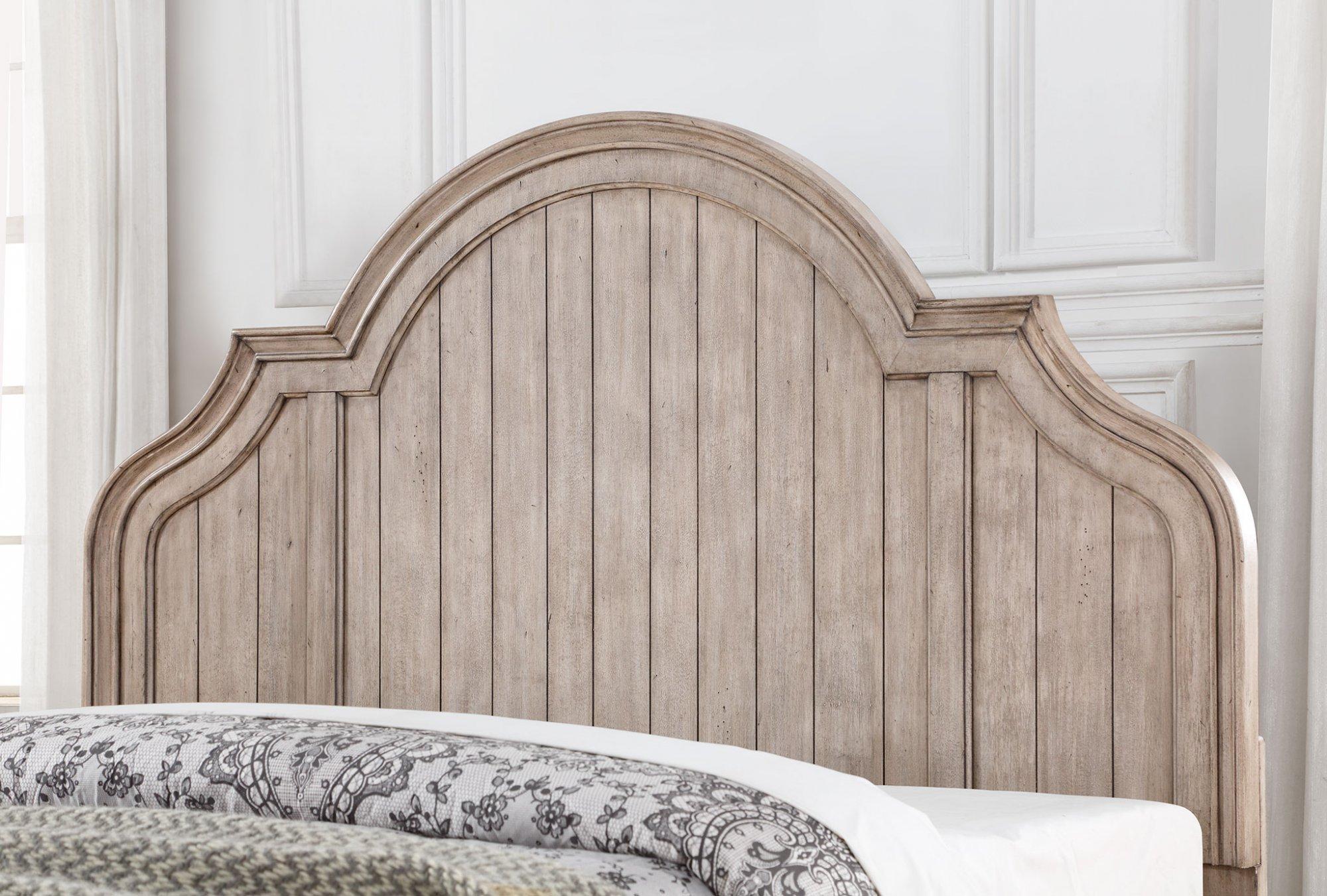 Model: W1047-91Q | Flexsteel Plymouth  Queen Bed