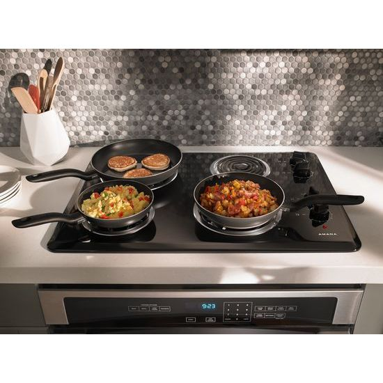 30-inch Electric Cooktop with 4 Elements