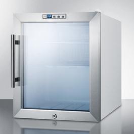 Model: SCR215L | Summit Includes a digital thermostat for precise temperature control