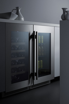 Model: CL18WCCSS | Summit Seamless stainless steel door trim brings true elegance under the counter