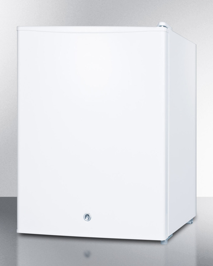Model: FS30L7   Summit Compact commercially listed manual defrost all-freezer with lock and reversible door