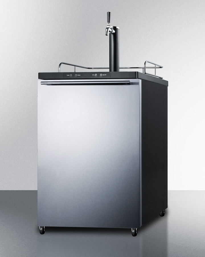 Model: SBC635MSSHH   Summit Freestanding residential beer dispenser, auto defrost with digital thermostat, stainless steel wrapped door, horizontal handle and black cabinet
