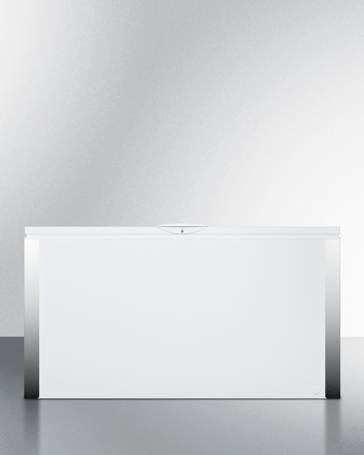Commercially listed 18 cu.ft. manual defrost chest freezer
