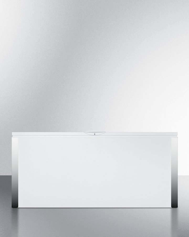 Commercially listed 22 cu.ft. manual defrost chest freezer