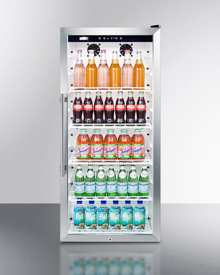 Upright beverage merchandiser with digital thermostat