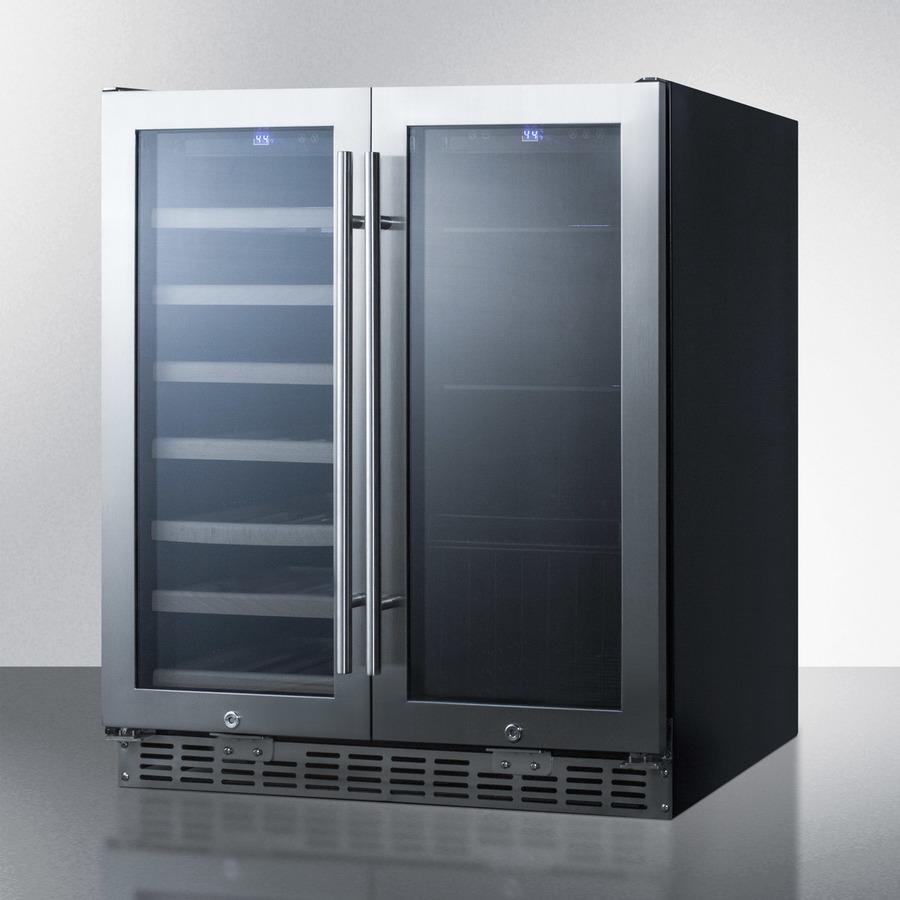 Charmant Seamless Stainless Steel Door Trim Brings True Luxury Under The Counter