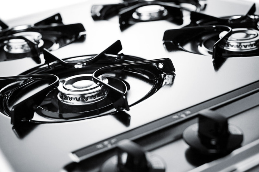 Model: ZNL033 | Summit 24' wide gas cooktop in brushed chrome, with four burners and gas spark ignition; replaces ZTL033