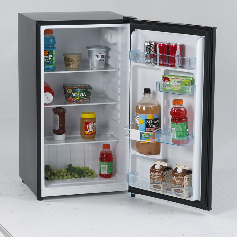 Model: AR321BB | Avanti 3.2 Cu. Ft. Counterhigh All Refrigerator