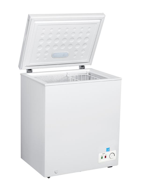 Model: CF50B0W | 5.0 Cu. Ft. Chest Freezer - White
