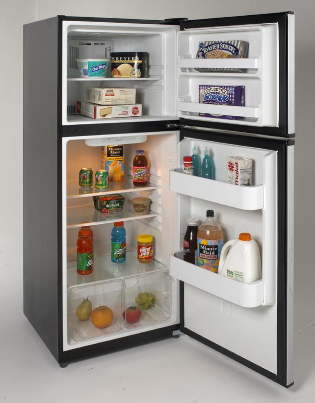 9.9 Cu. Ft. Frost Free Refrigerator   Black W/Stainless Steel Doors