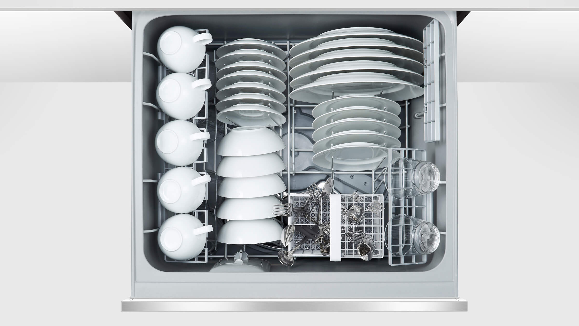 Tall Single DishDrawer dishwasher incl Sanitize, Extra Dry and full flex racking