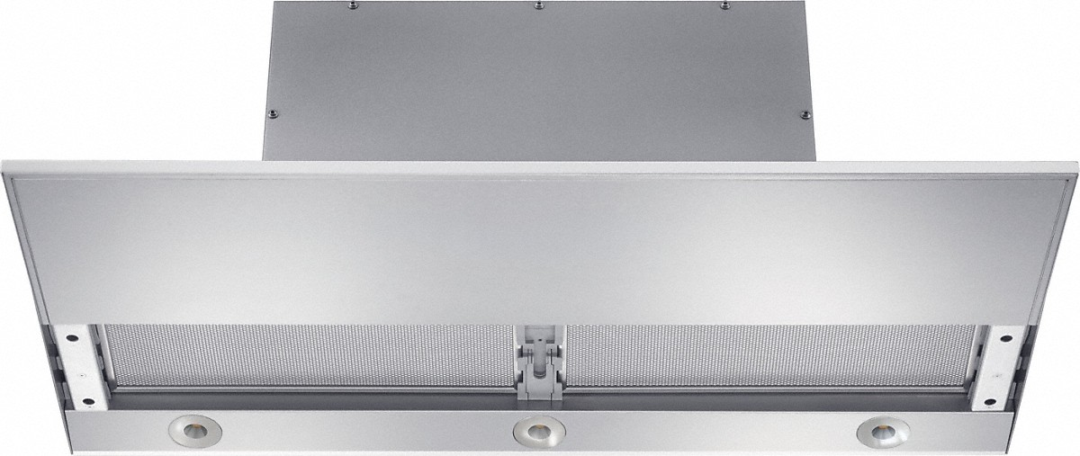 Built-in ventilation hoodwith motorized pull-out canopy for maximum convenience.