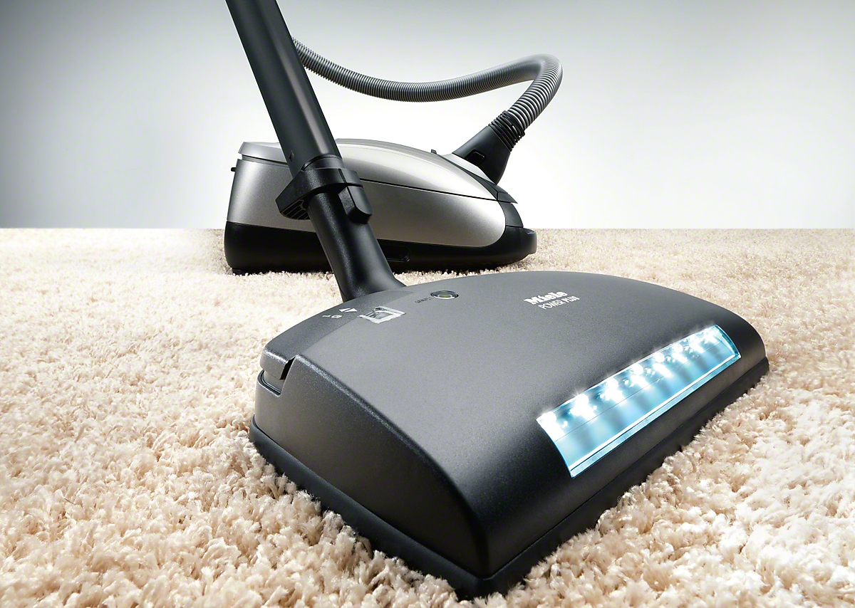 Model: SEB 236 | Electro Premium - floorbrushespecially wide for quick and deep cleaning of carpeting.