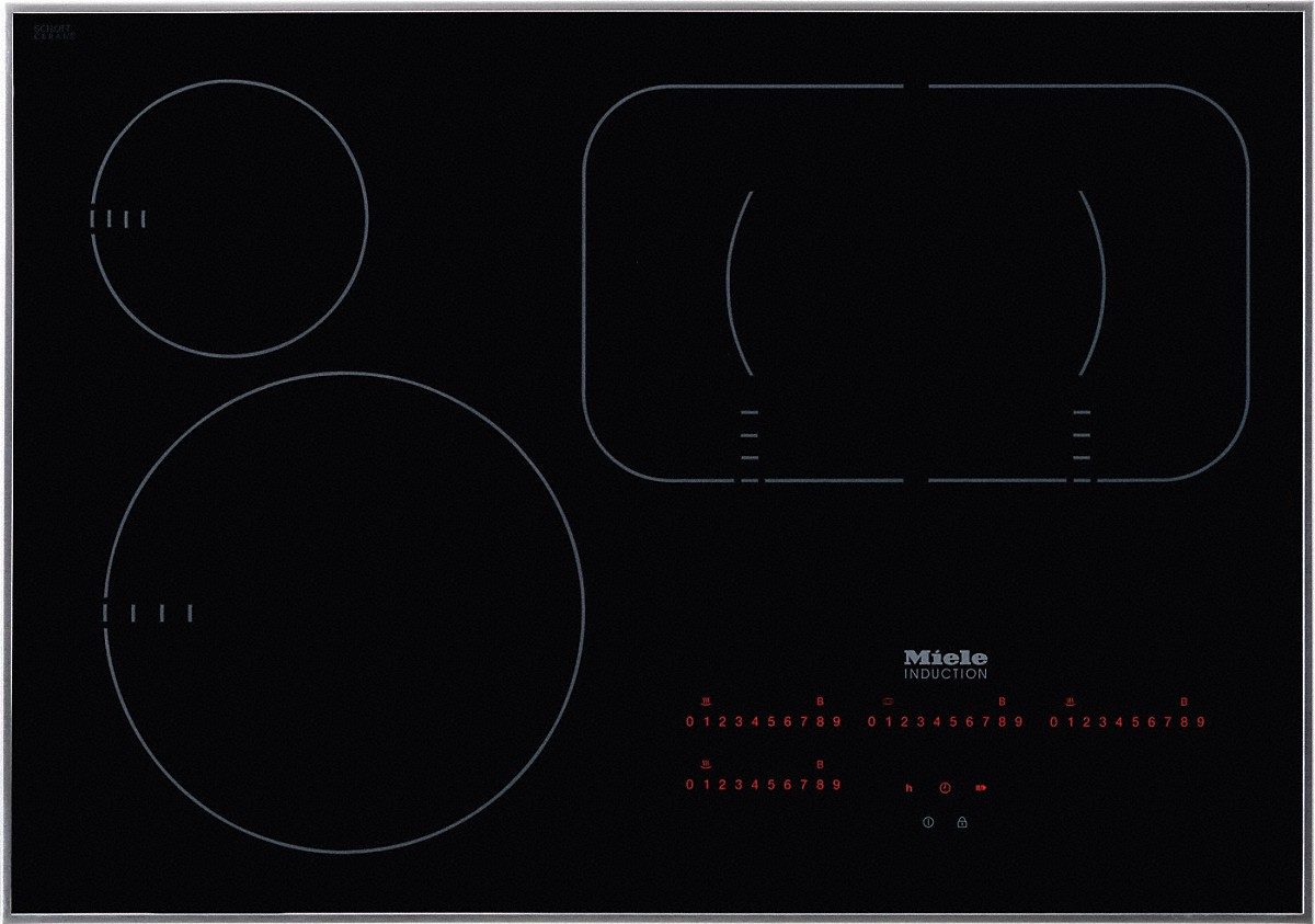 Induction cooktop with touch controls with PowerFlex cooking area for maximum versatility and performance.