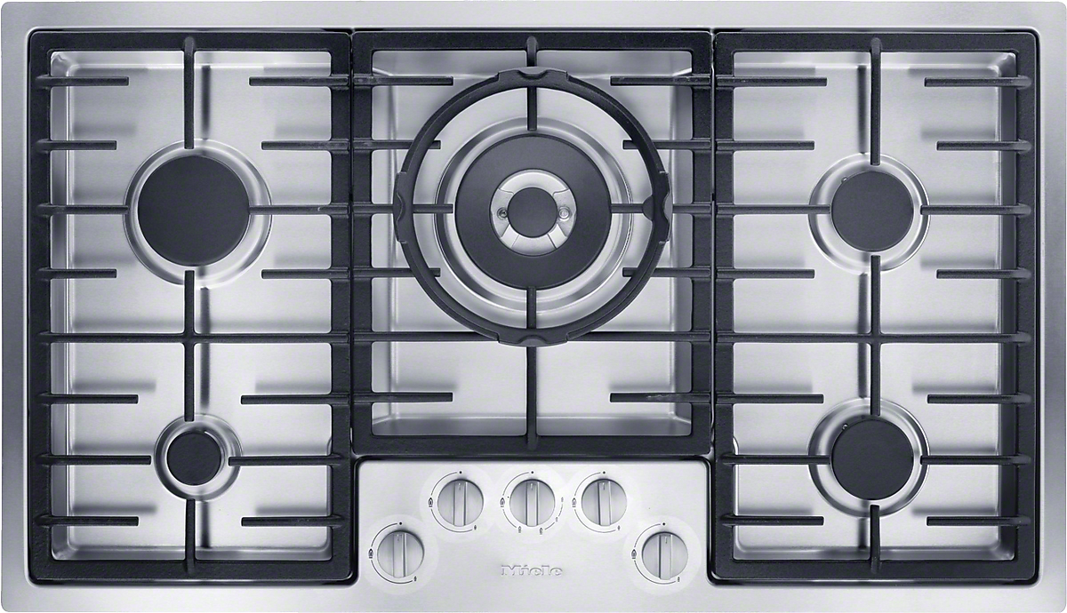 Gas cooktop in maximum width for the best possible cooking and user convenience.