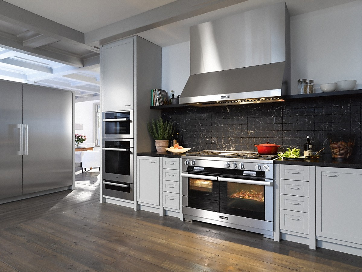 Model: 28126050USA | Miele Wall ventilation hoodfor perfect combination with RangeCookers and RangeTops