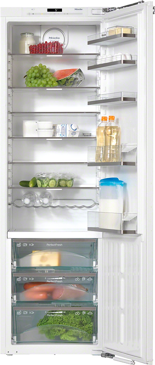 PerfectCool refrigerator PerfectFresh and FlexiLight for best storage conditions and high convenience.
