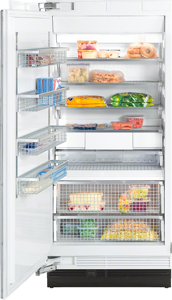 Miele MasterCool  freezer More space and maximum convenience with IceMaker and telescopic drawers