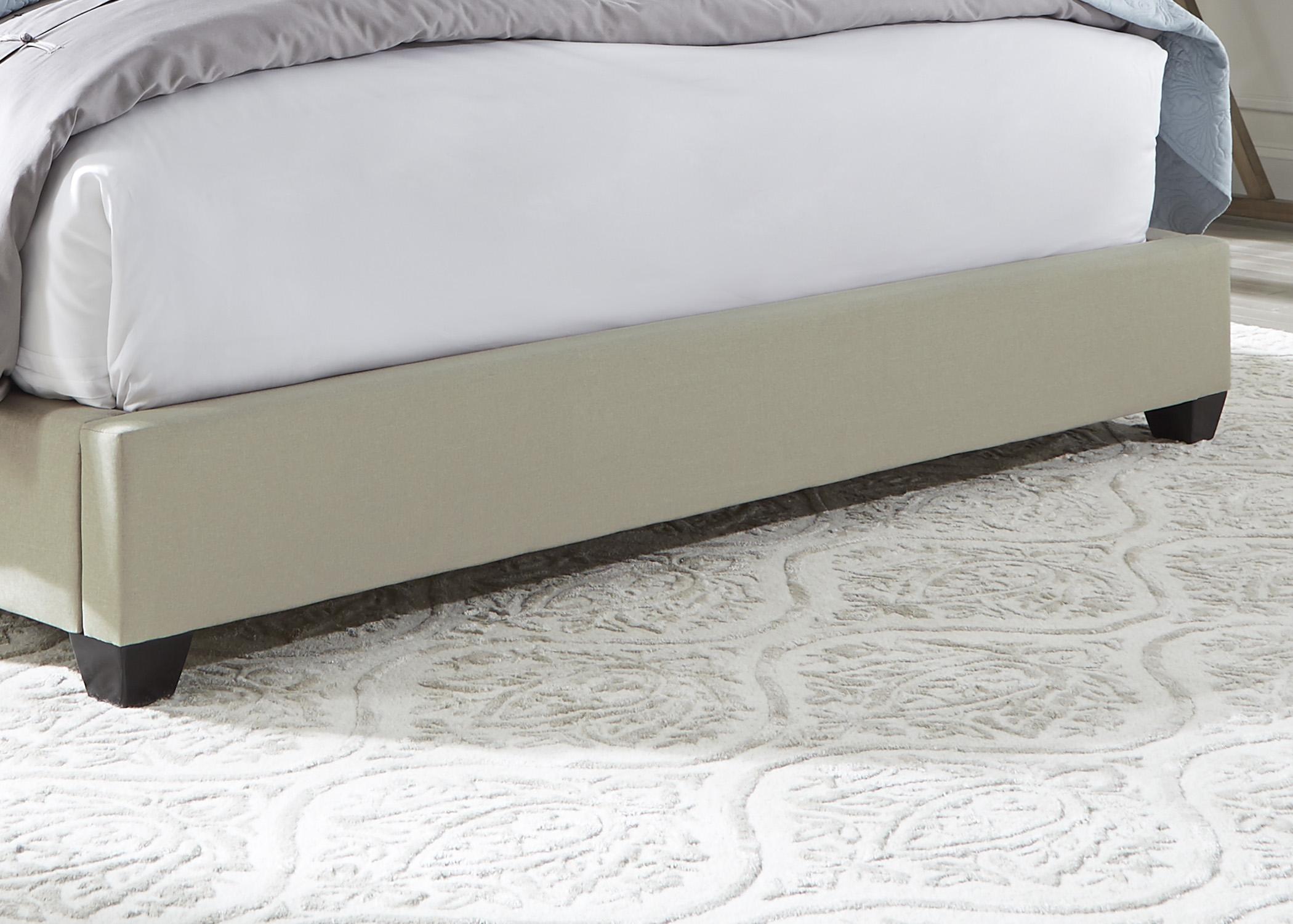 Liberty Furniture Queen Footboard, Rails & Slats