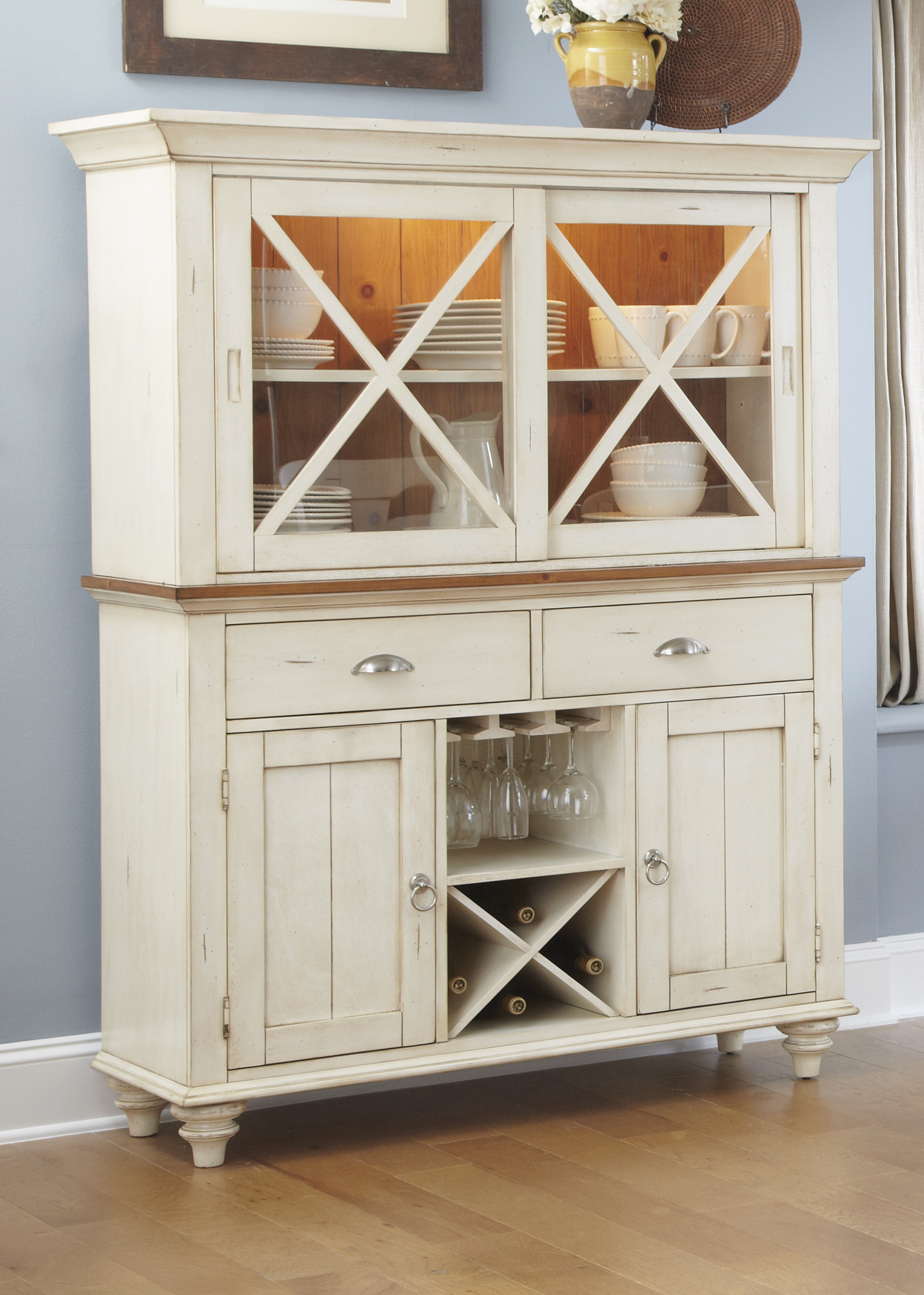 Model: 303-CH4866   Liberty Furniture Hutch