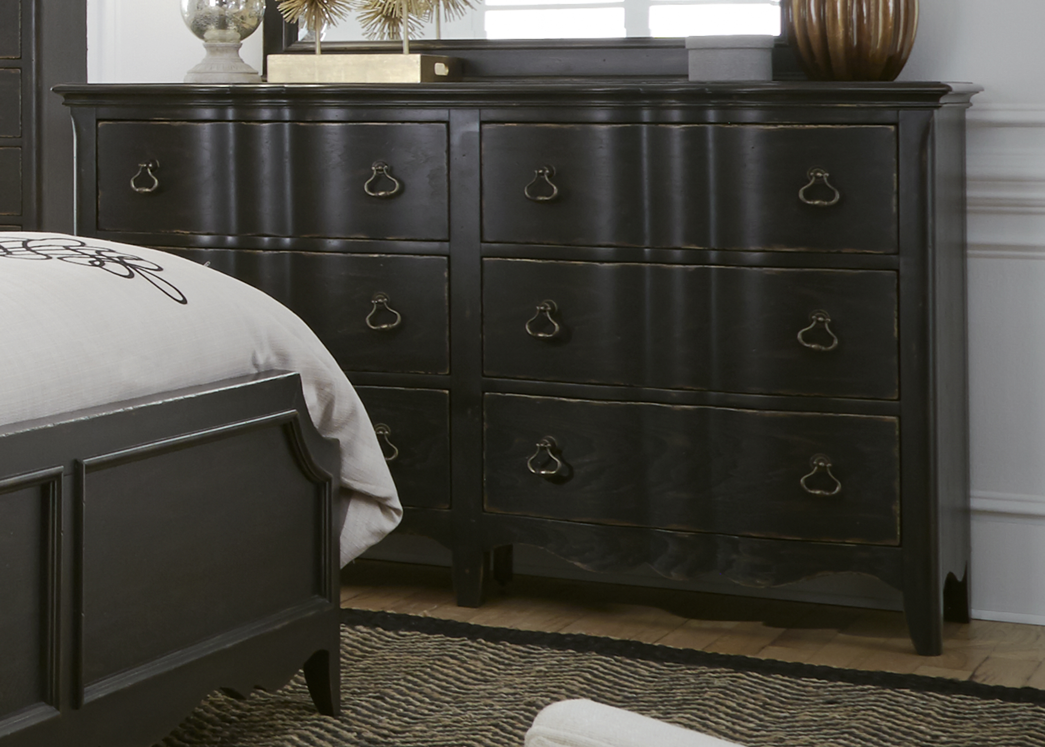 Liberty Furniture 6 Drawer Dresser
