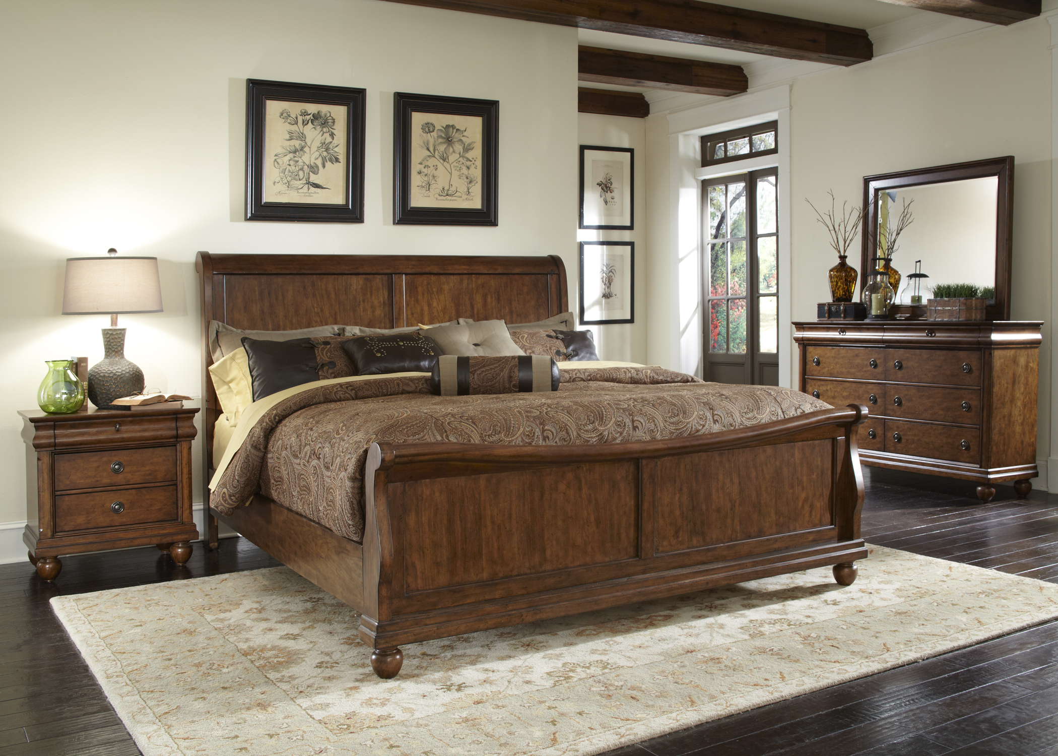 Liberty Furniture Queen Sleigh Footboard & Slats