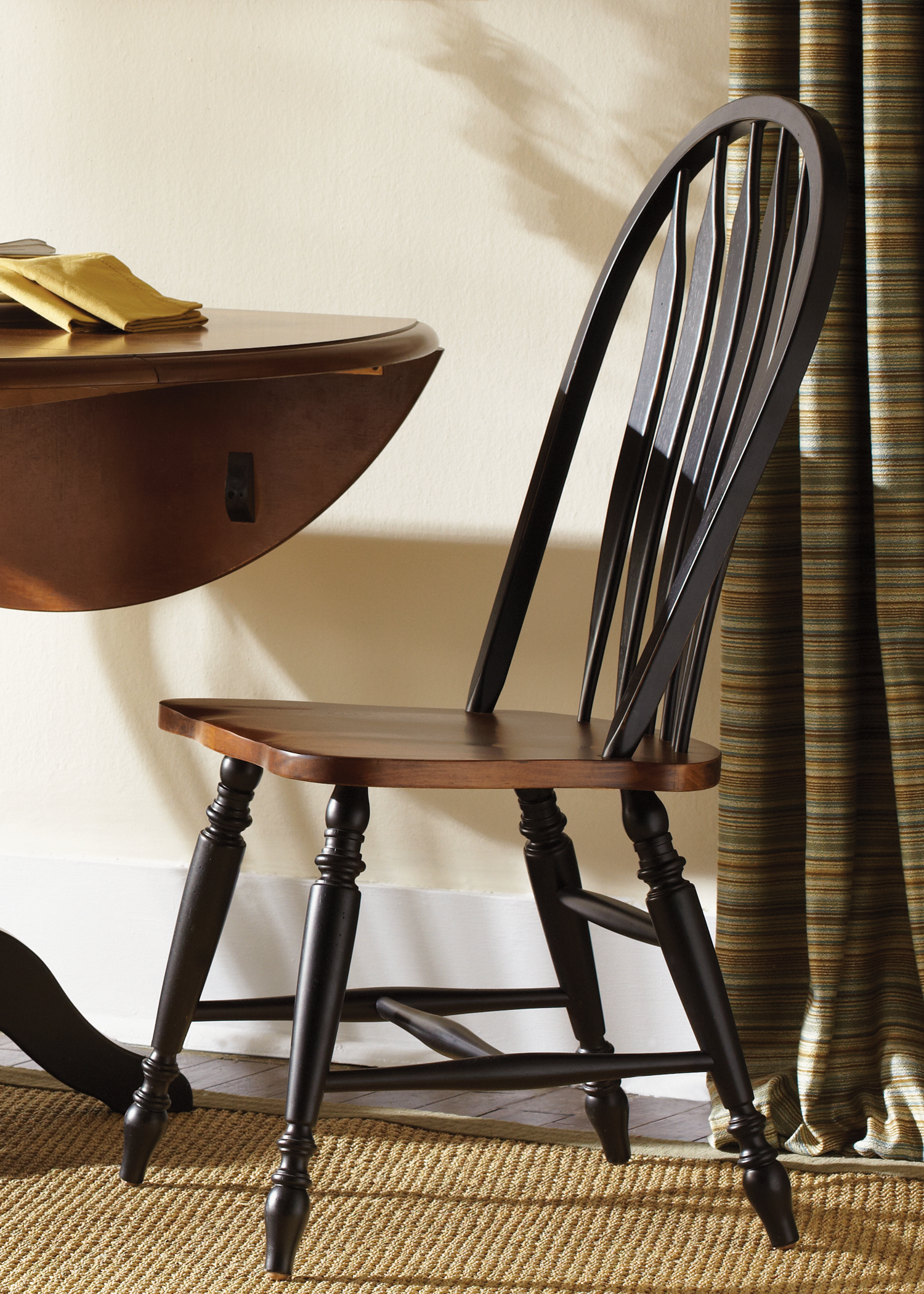 Model: 80-C1000S | Liberty Furniture Windsor Back Side Chair
