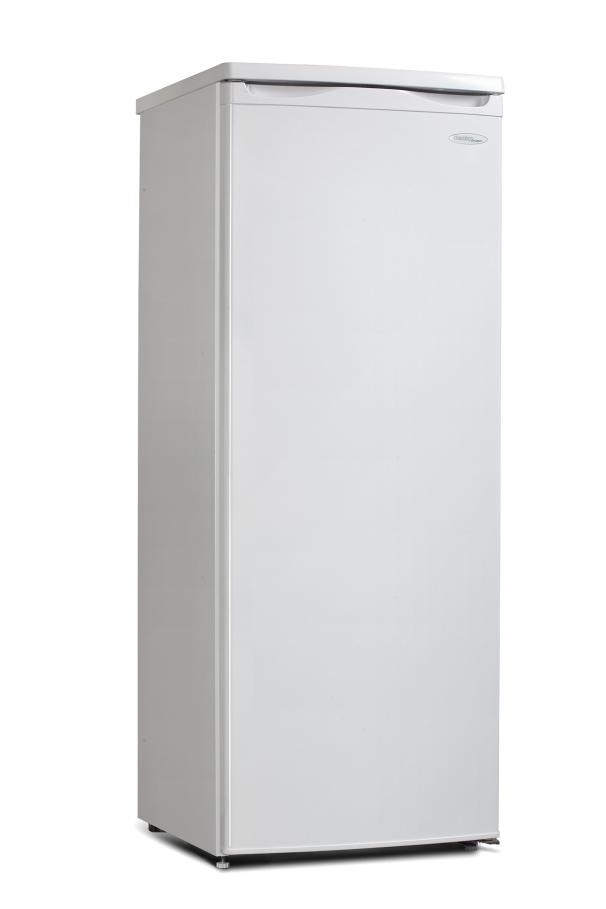 Danby - DUFM059C1WDD - Danby Designer 5 9 cu ft  Freezer