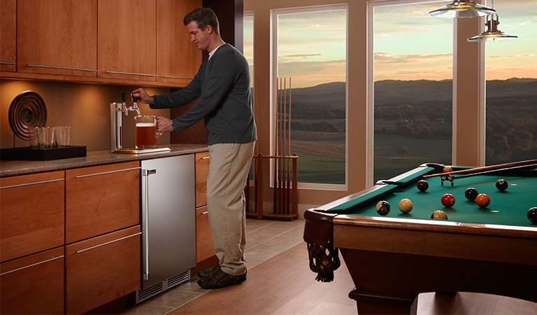 "Model: HP24TS-3 | Perlick 24"" SIGNATURE SERIES BEER DISPENSER"