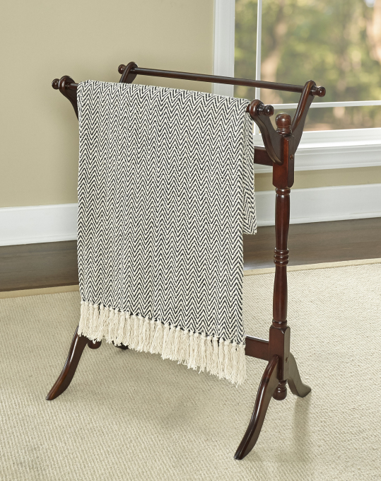 Powell Furniture Heirloom Cherry Blanket Rack