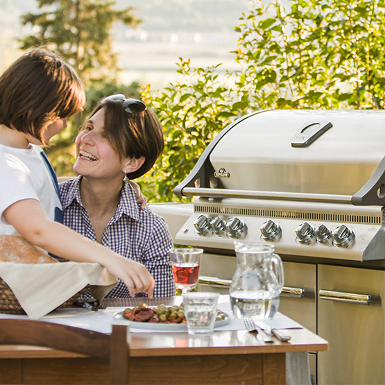 LEX 730 Gas Grill with Side Burner, Infrared Bottom & Rear Burners - Natural Gas