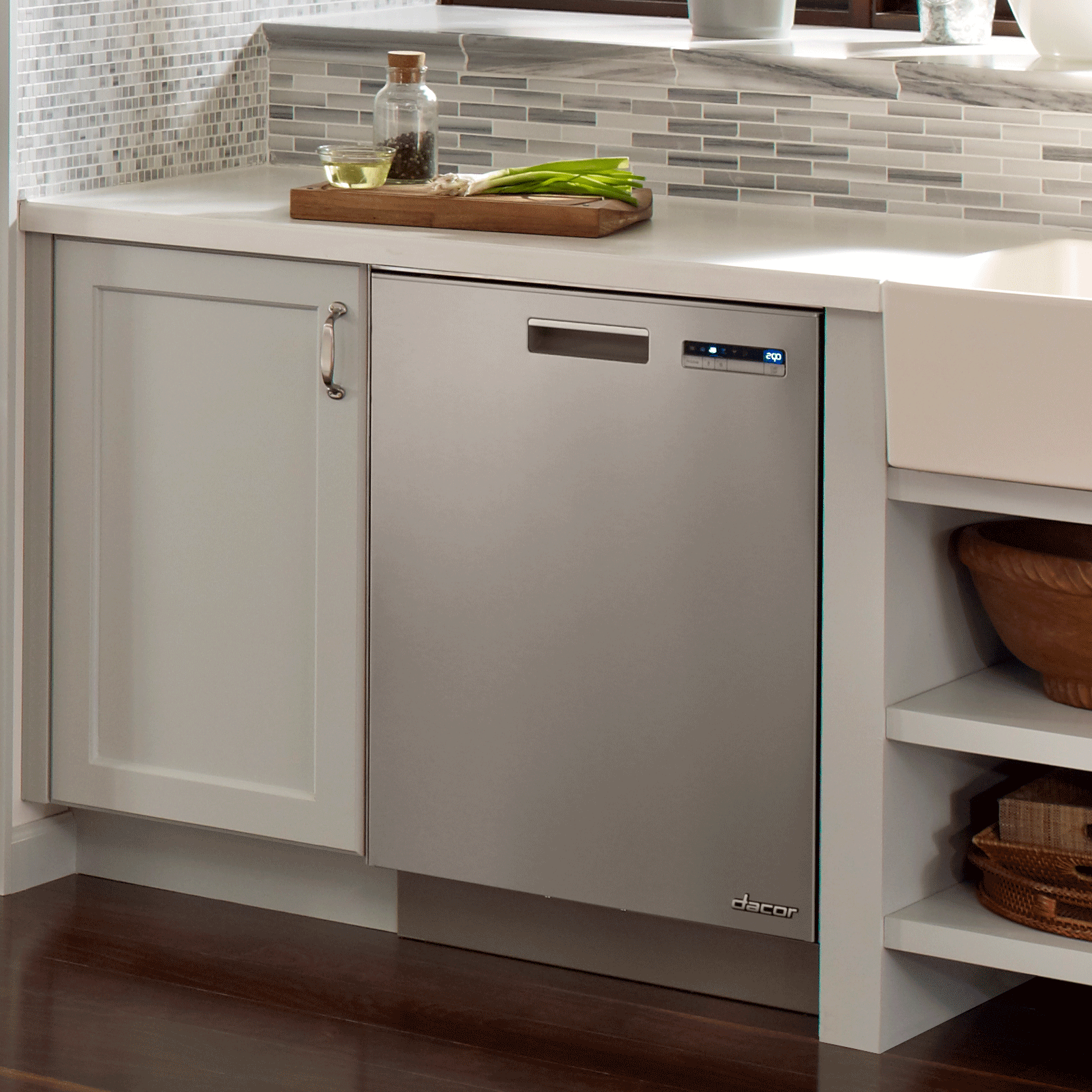 """Model: DDW24S 